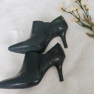 Anne Klein iFlex Boots